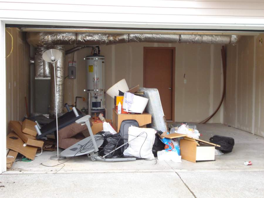 Garage junk removal services